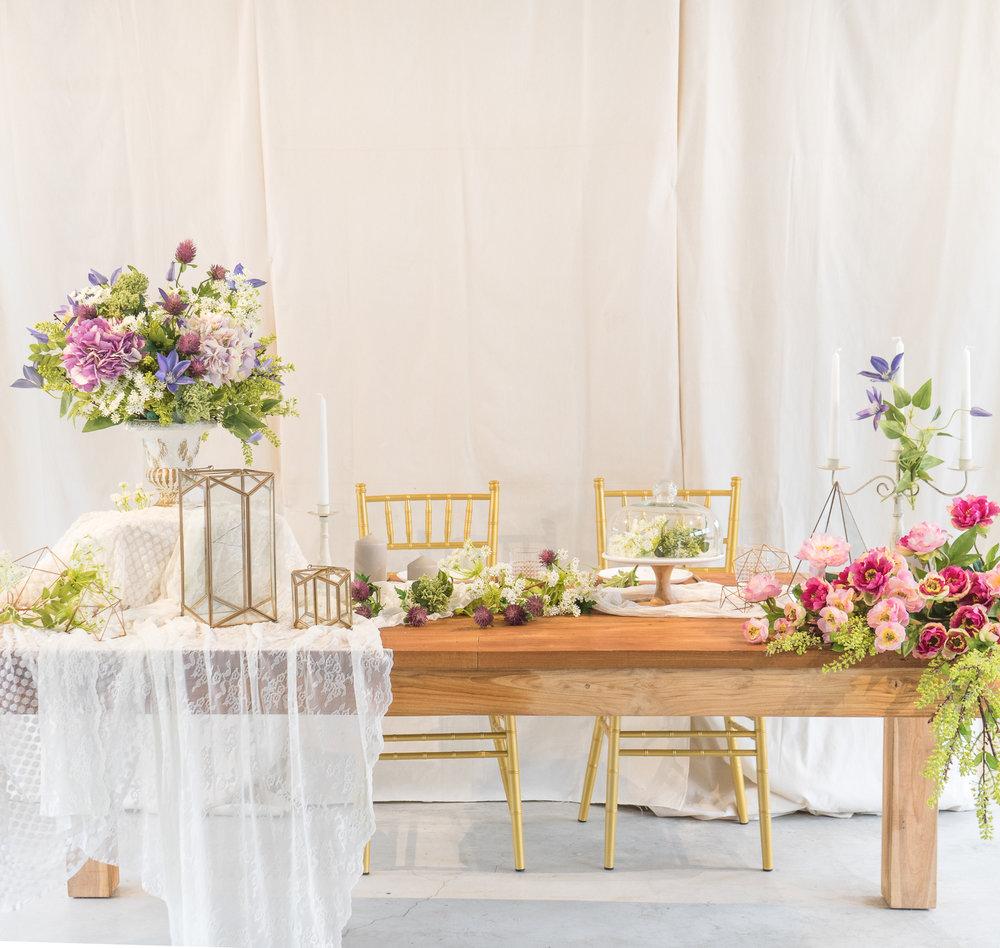 餐桌 (1).jpg