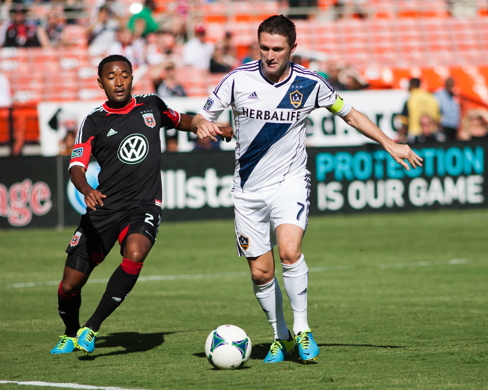 Robbie Keane (7) & James Riley
