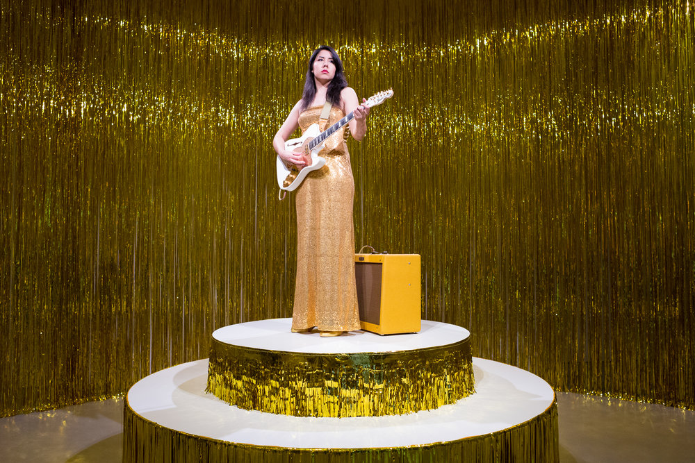 Ragnar Kjartansson.  Woman in E . Hirshhorn Museum and Sculpture Garden. Washington, DC. November 26, 2016.