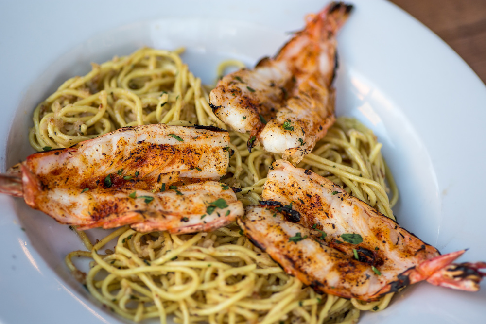 Garlic Noodles with Jumbo Prawns