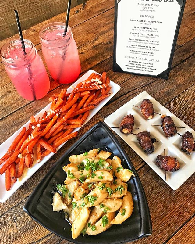HAPPY HOUR SPECIALS 🙂 BACON WRAPPED DATES, SAUTÉED MUSHROOMS, & SWEET POTATO FRIES #huntingtonbeach #happyhour #KitchenRepublic 📍@KITCHENREPUBLICBISTRO 👇🏼TAG THE HAPPY HOUR GROUP