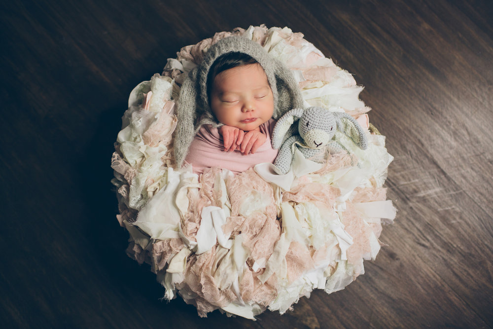 Salphie Markarian Newborn Photo Session-8.jpg