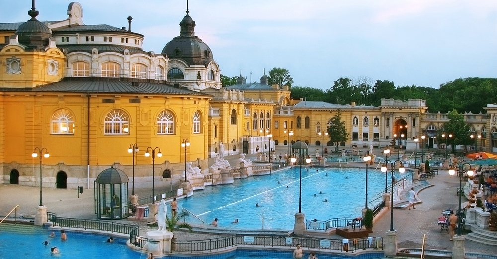 We guarantee your unforgettable stay close to Budapest' s main attractions, with comfortable, specious, nicely equipped apartments.
