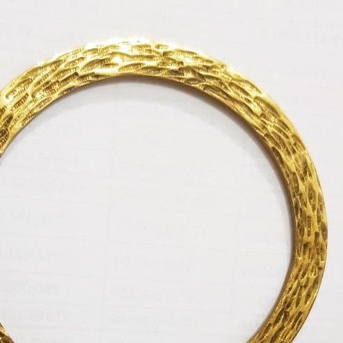 • Golden Ibiza Ocean Bangle • • Now available • 💎Shop Link in Bio 💎 #jewelry #jewellery #luxe #fashion #stylist #style #925silver #dior #chanel #chic #swim #salty #bae #swimwear #beach #sydney #newyork #golden #goldjewelry #gold