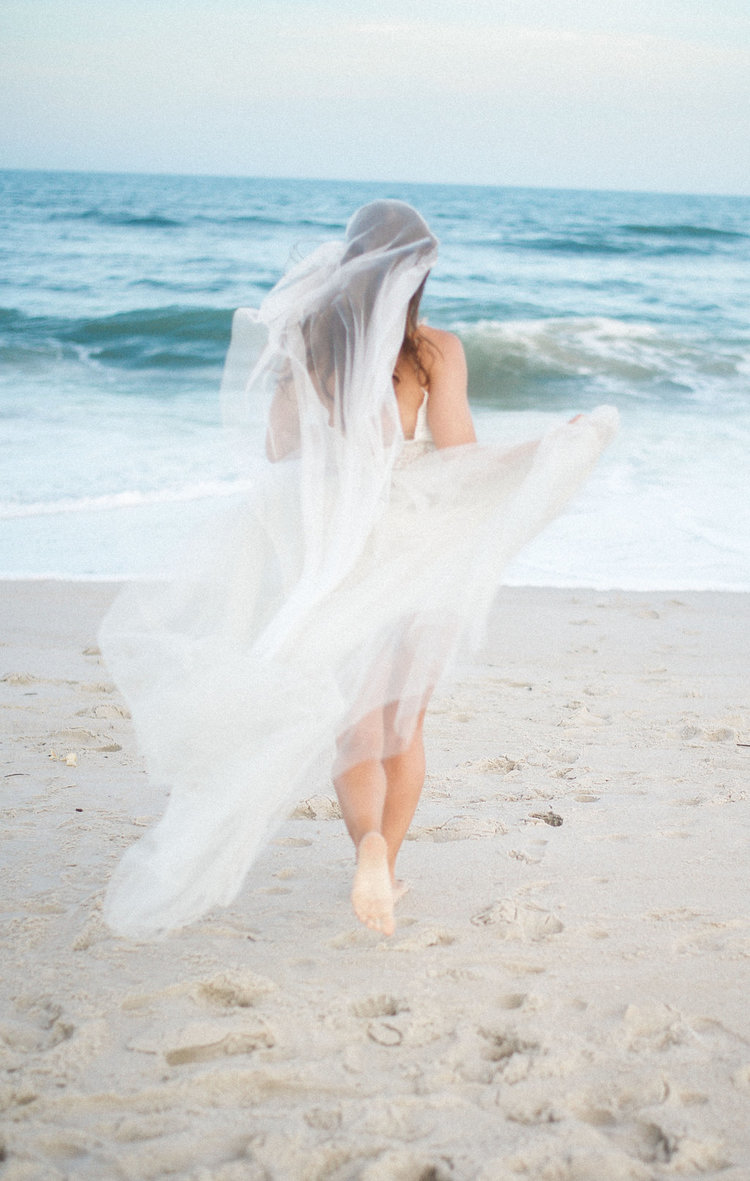 ETHEREAL WILD PONY BEACH ELOPEMENT -