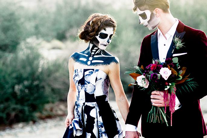 I FEEL YOU IN MY BONES - HALLOWEEN SKELETON WEDDING