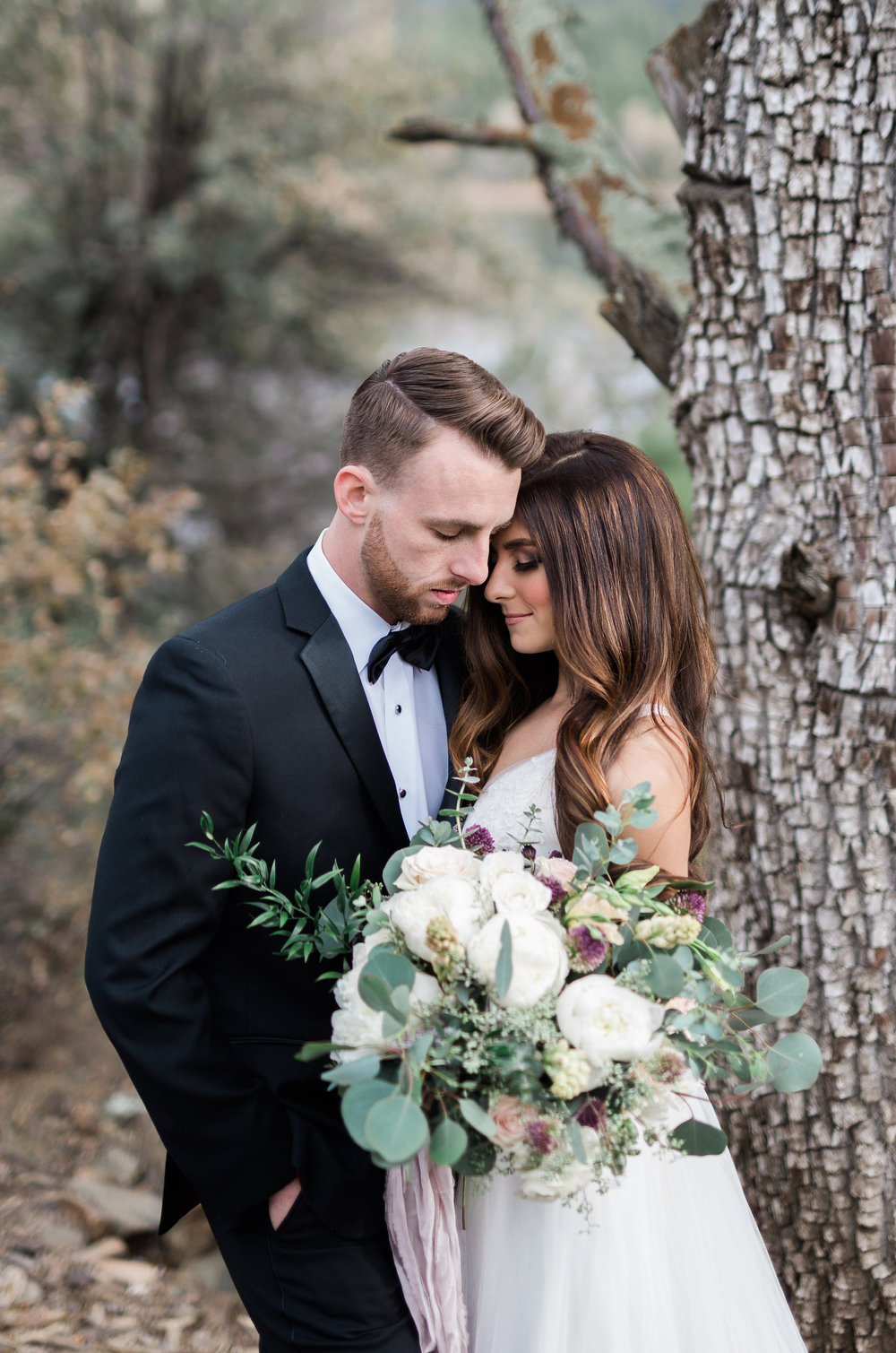 Arizona Lakeside Winter Elopement with Saje Photography | Shotgunning for Love Letters