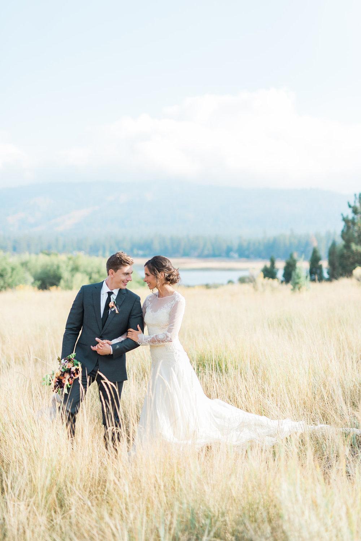 BURNETT'S BOARDS - CALIFORNIA LAKESIDE WEDDING2016