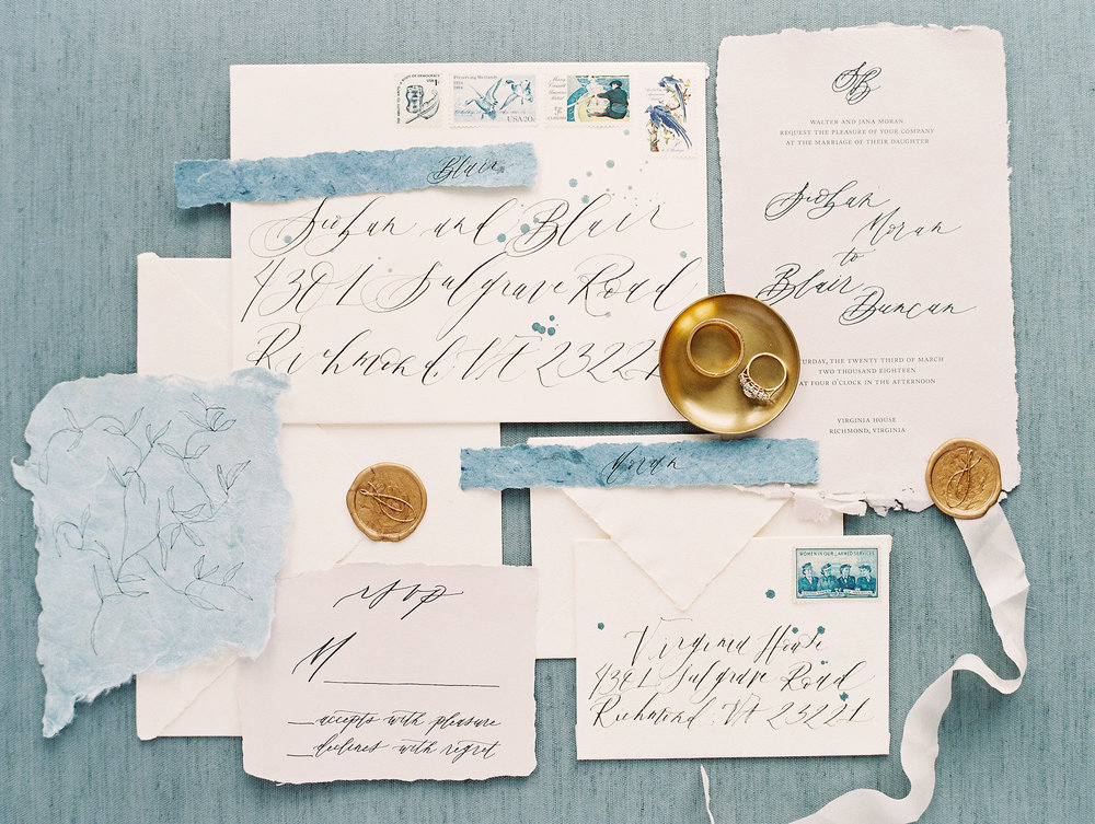 Old World Blue Palette Wedding Inspiration at Virginia House | Shotgunning for Love Letters