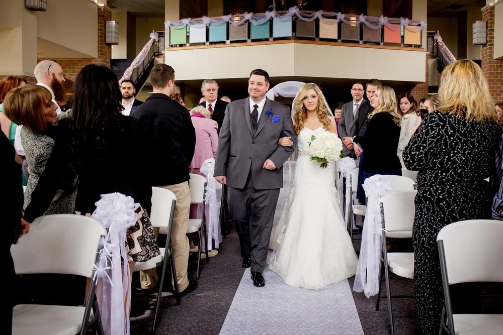 Brandon_Shafer_Photography_Jeff&Amber_GrandRapids_Wedding_0024.jpg