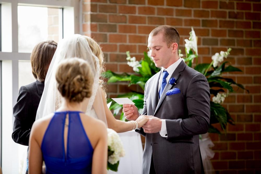 Brandon_Shafer_Photography_Jeff&Amber_GrandRapids_Wedding_0030.jpg