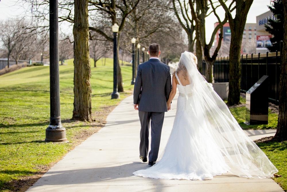 Brandon_Shafer_Photography_Jeff&Amber_GrandRapids_Wedding_0048.jpg