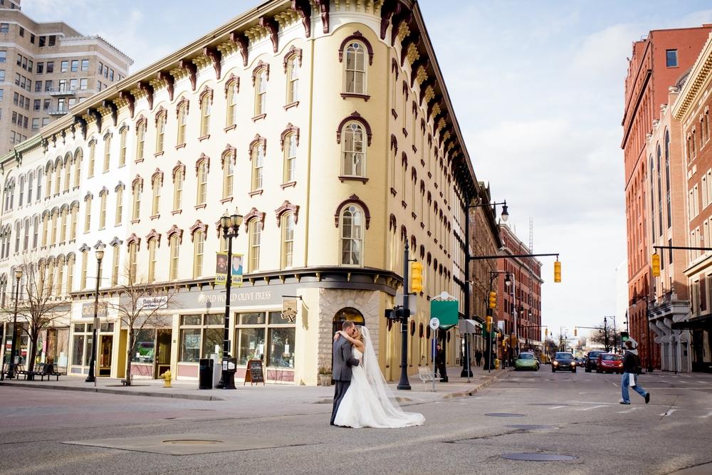 Brandon_Shafer_Photography_Jeff&Amber_GrandRapids_Wedding_0053.jpg