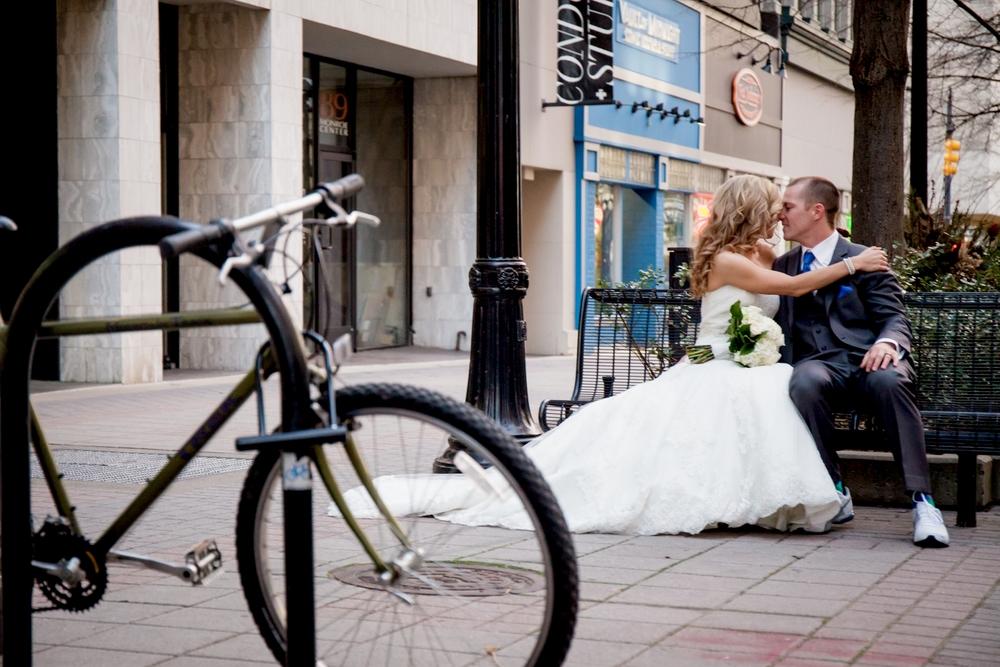 Brandon_Shafer_Photography_Jeff&Amber_GrandRapids_Wedding_0065.jpg