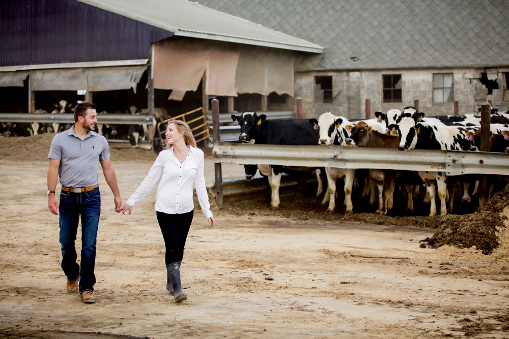 Brandon_Shafer_Photography_Shane_Ashley_Greenhouse_Farm_Michigan_Engagement_0021.jpg