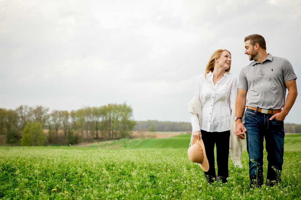 Brandon_Shafer_Photography_Shane_Ashley_Greenhouse_Farm_Michigan_Engagement_0026.jpg