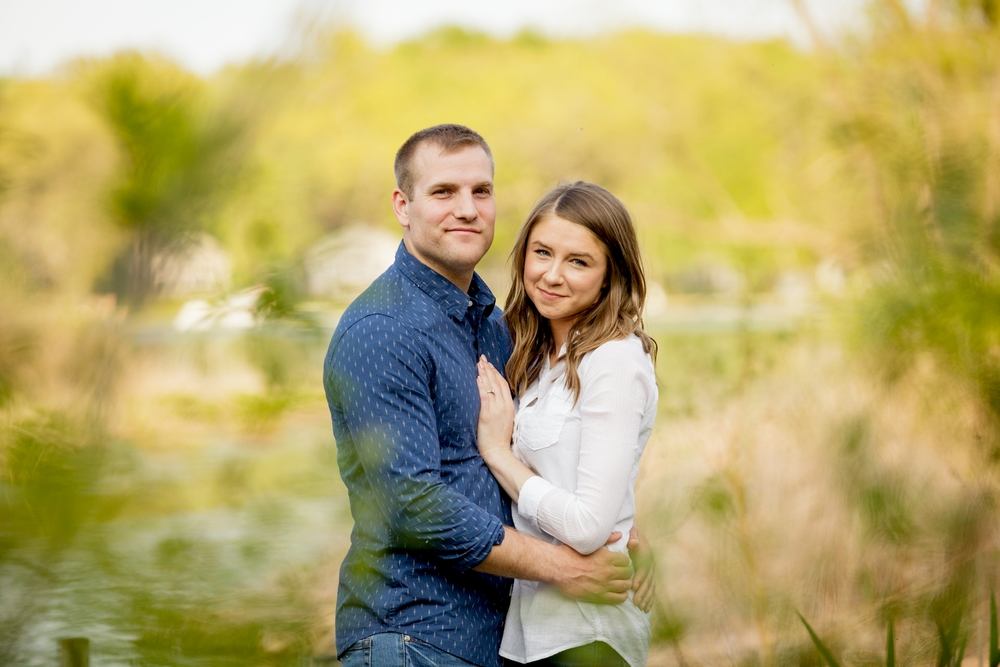Brandon_Shafer_Photography_Ben_Emily_Michigan_Lake_Engagement_0009.jpg