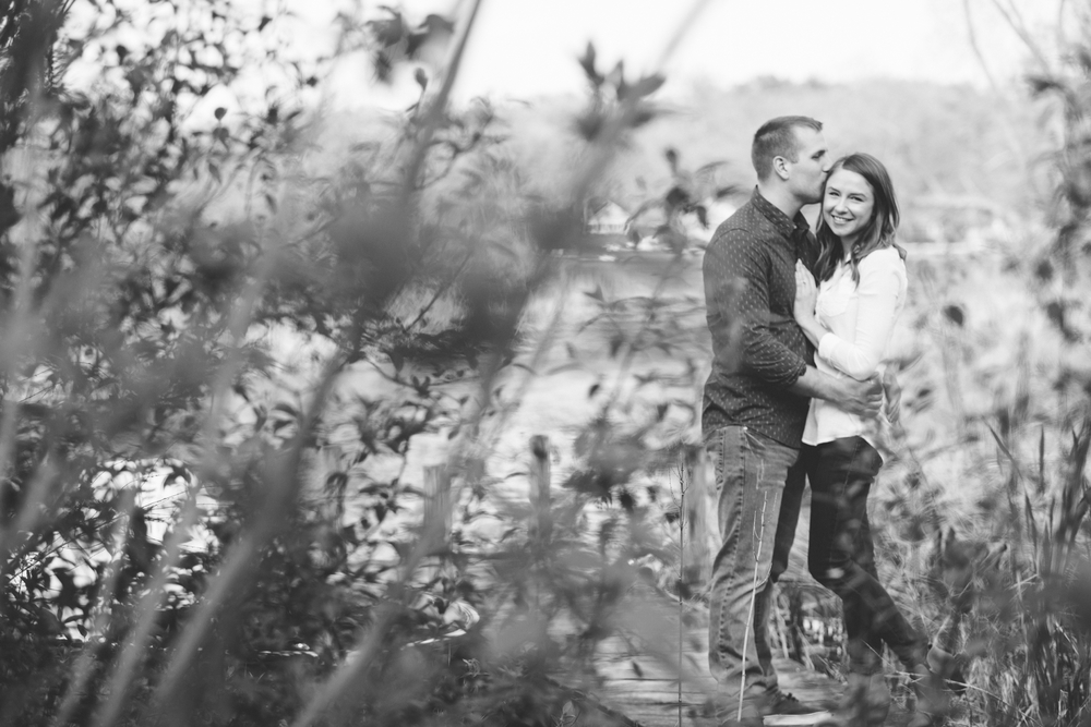Brandon_Shafer_Photography_Ben_Emily_Michigan_Lake_Engagement_0013.jpg