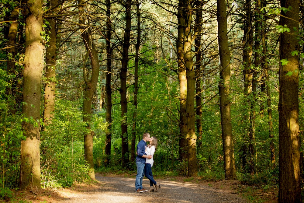 Brandon_Shafer_Photography_Ben_Emily_Michigan_Lake_Engagement_0017.jpg