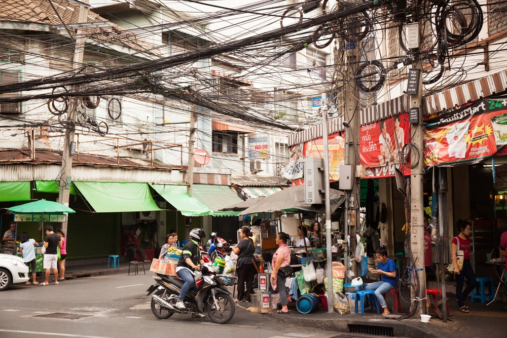 Brandon_Kari_Thailand_Honeymoon_Lifestyle_Street_Photography_0009.jpg