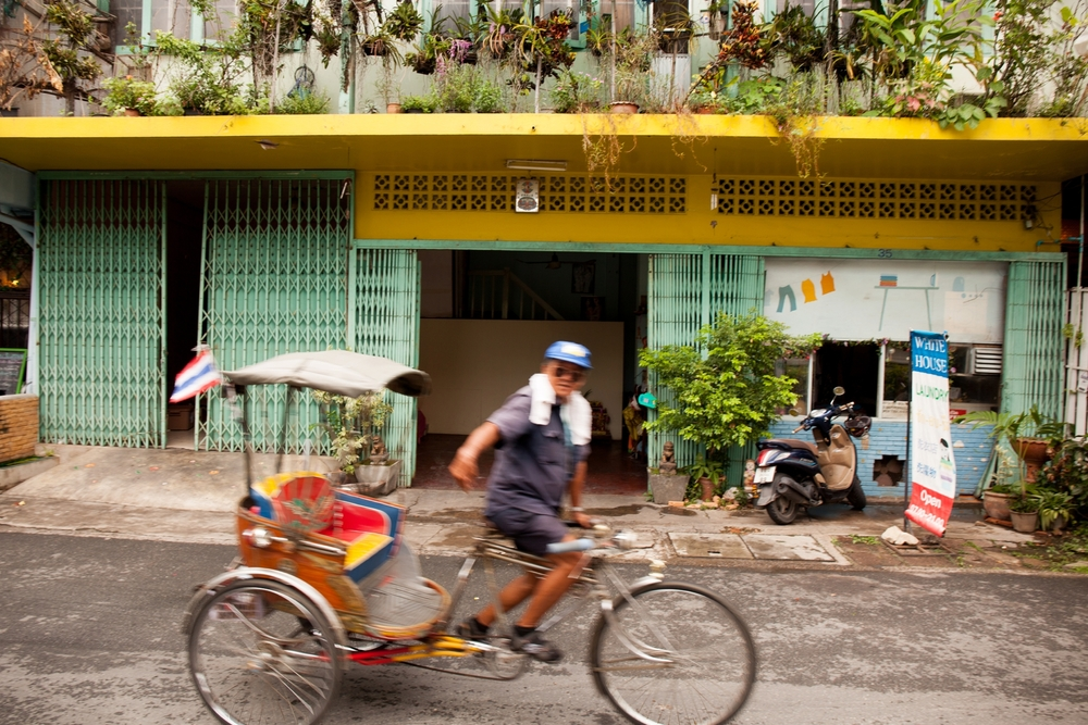 Brandon_Kari_Thailand_Honeymoon_Lifestyle_Street_Photography_0076.jpg
