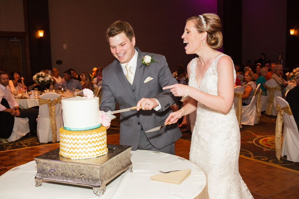 Ben_Jillian_Midland_Baycity_Wedding_0071.jpg