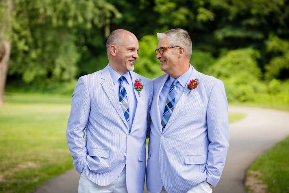 Jeffery_David_Gay_wedding_GrandRapids_LoveWins_JohnBall_Zoo_0036.jpg