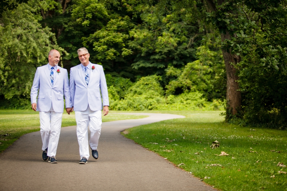 Jeffery_David_Gay_wedding_GrandRapids_LoveWins_JohnBall_Zoo_0038.jpg