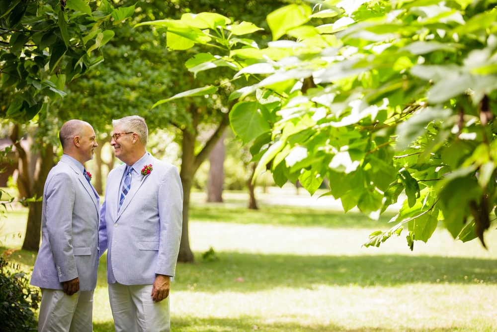 Jeffery_David_Gay_wedding_GrandRapids_LoveWins_JohnBall_Zoo_0042.jpg