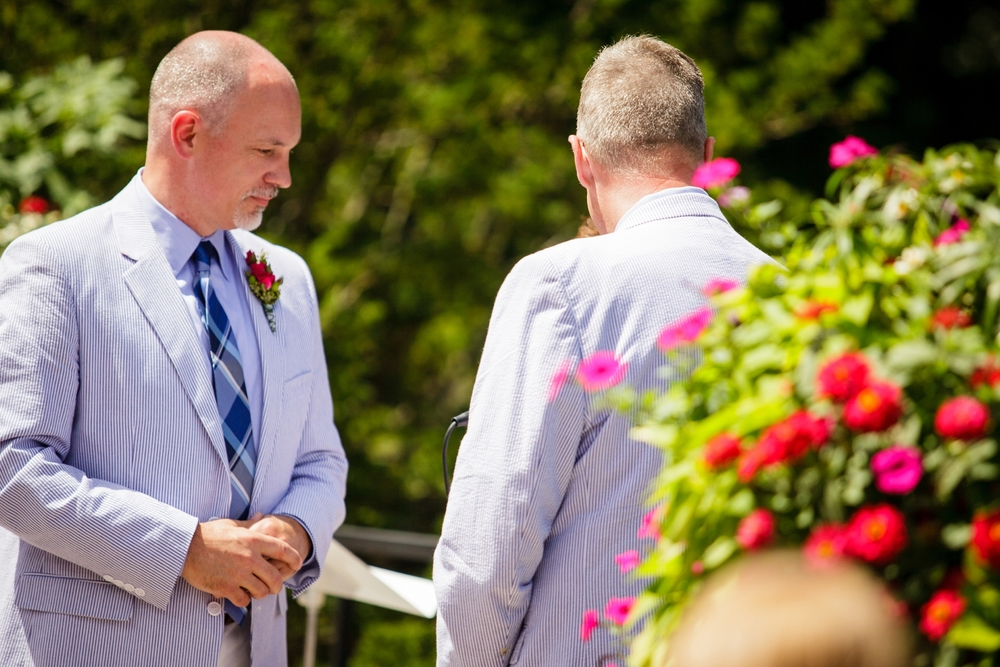Jeffery_David_Gay_wedding_GrandRapids_LoveWins_JohnBall_Zoo_0053.jpg