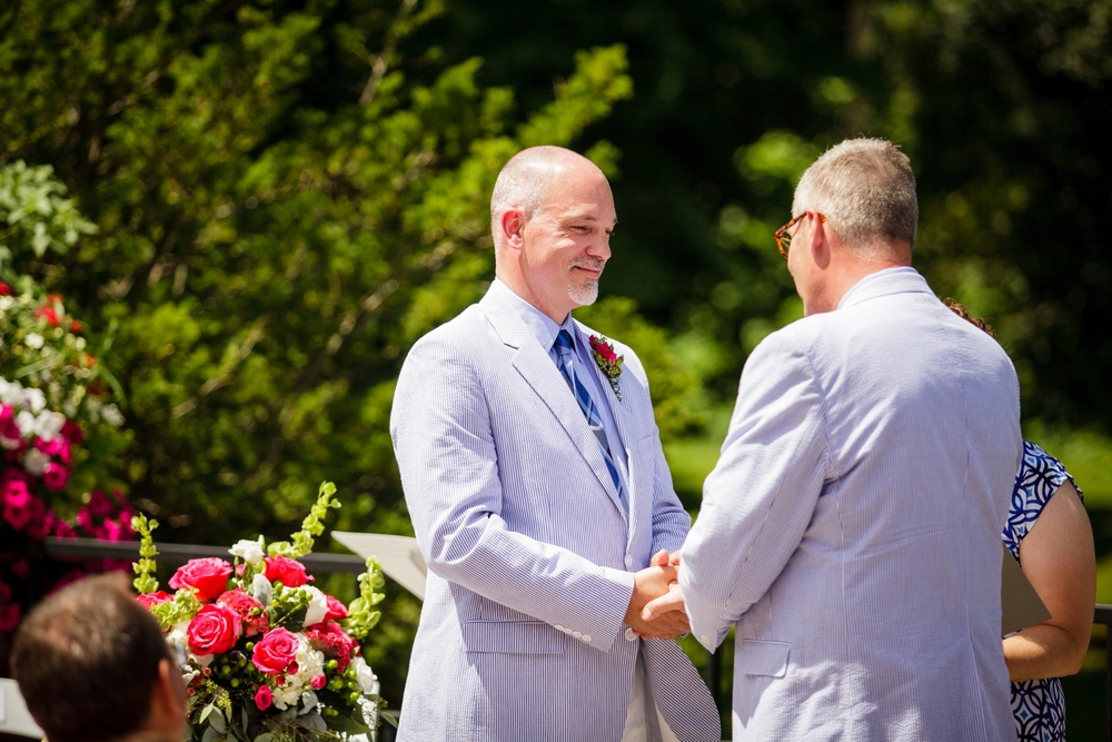 Jeffery_David_Gay_wedding_GrandRapids_LoveWins_JohnBall_Zoo_0055.jpg