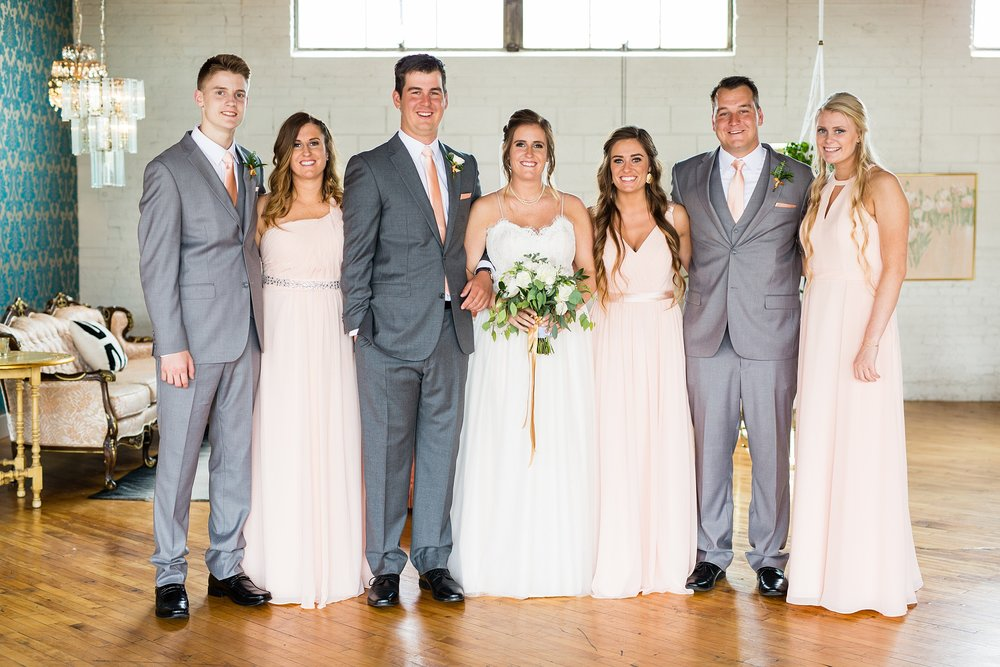 Meghan_Drew_Grand_Rapids_Cheney_place_Wedding033.JPG