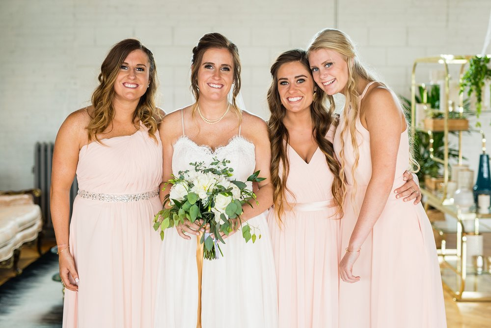 Meghan_Drew_Grand_Rapids_Cheney_place_Wedding034.JPG