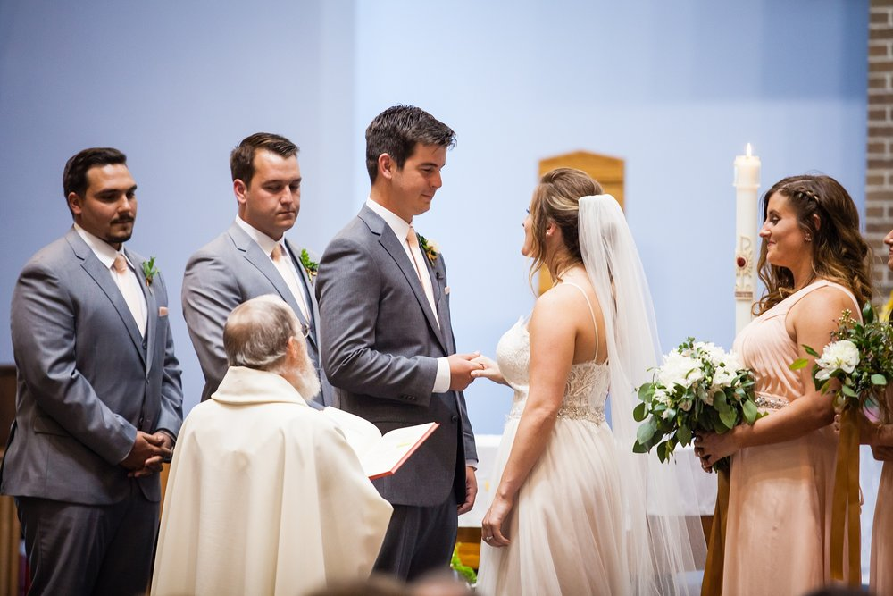 Meghan_Drew_Grand_Rapids_Cheney_place_Wedding052.JPG