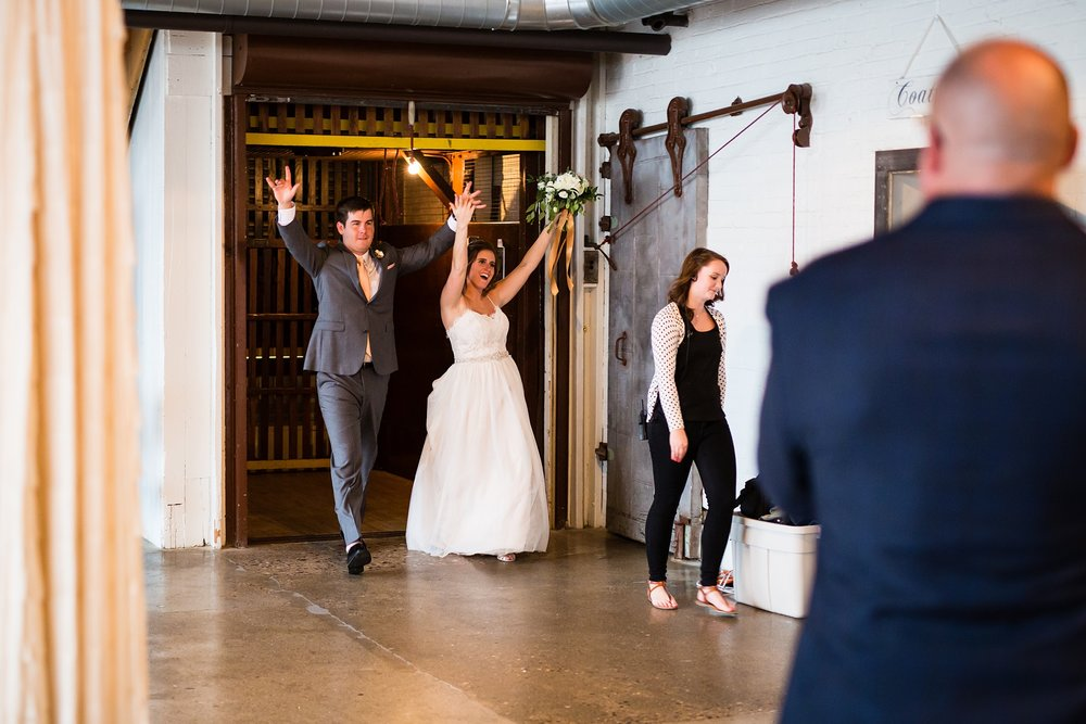 Meghan_Drew_Grand_Rapids_Cheney_place_Wedding077.JPG