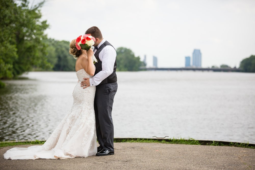 Brandon_Shafer_Photography_Grand_Rapids_Bride_Groom_0040.jpg