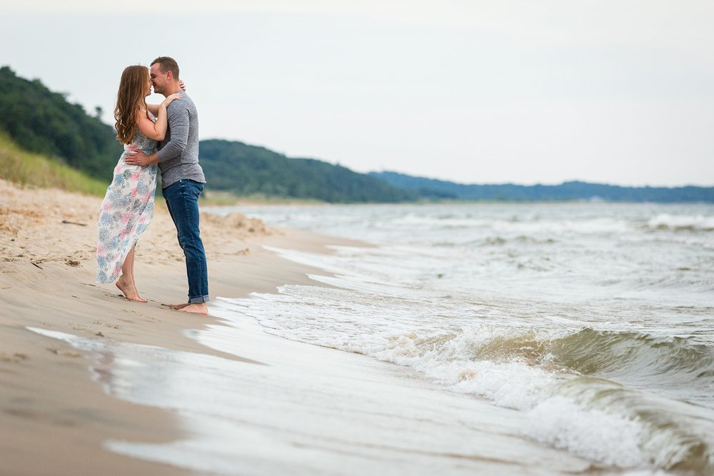 Lila_Ryan_Holland_Lakeshore_Beach_Drone_Engagement_Photos_0020.jpg