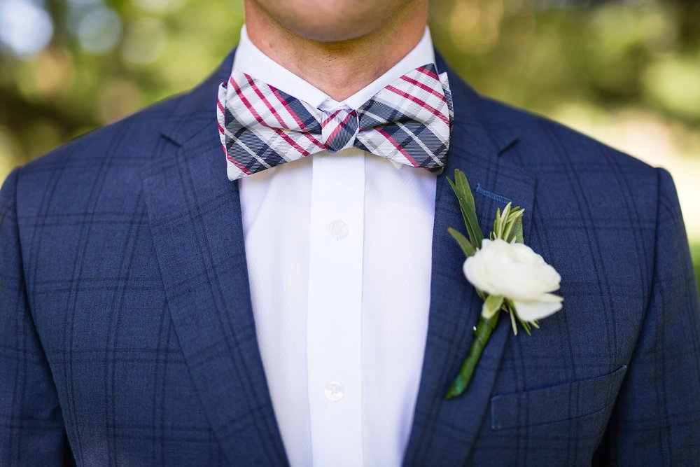 Becky_Cameron_Grand_Rapids_Blythefield Country_Club_Wedding031.JPG