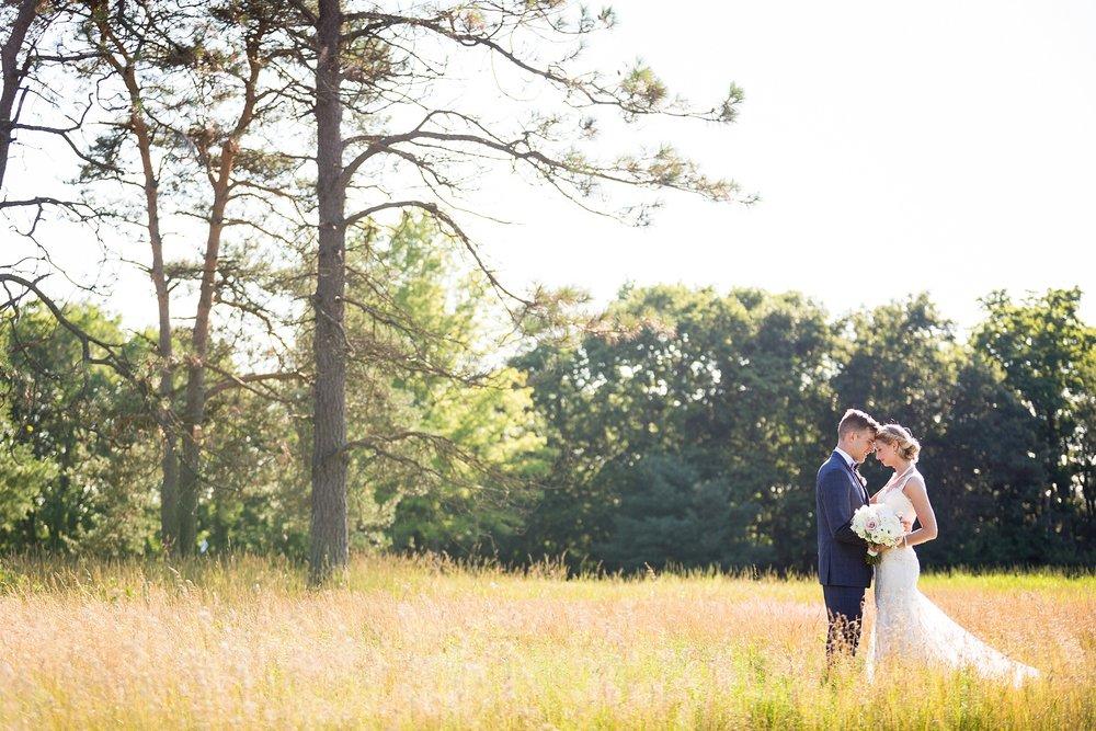 Becky_Cameron_Grand_Rapids_Blythefield Country_Club_Wedding049.JPG