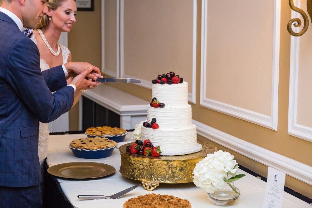 Becky_Cameron_Grand_Rapids_Blythefield Country_Club_Wedding057.JPG