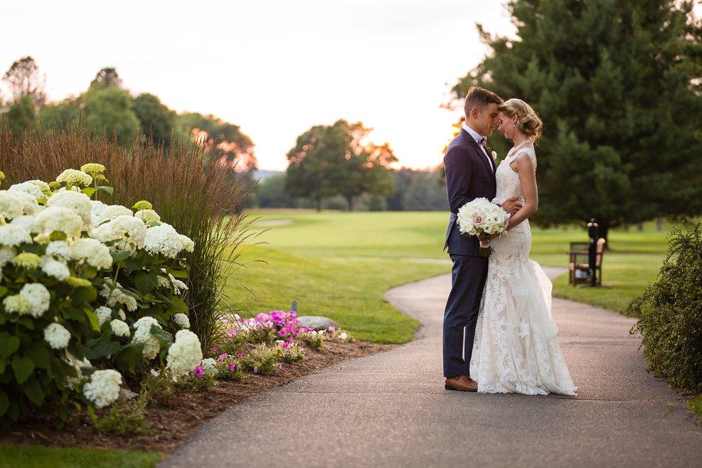 Becky_Cameron_Grand_Rapids_Blythefield Country_Club_Wedding061.JPG