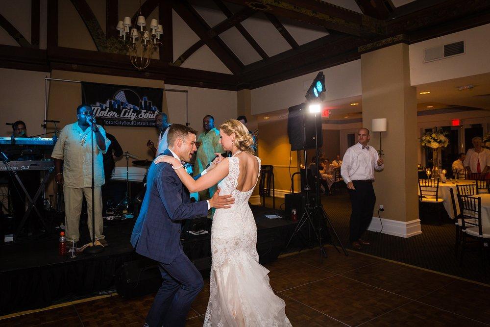 Becky_Cameron_Grand_Rapids_Blythefield Country_Club_Wedding070.JPG