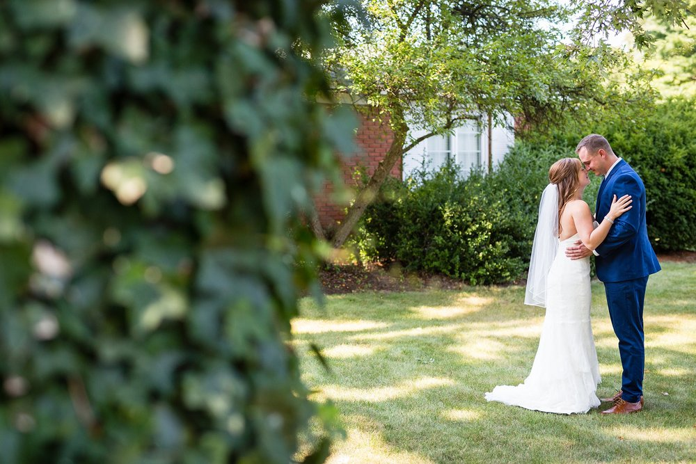 Brandon_Shafer_Photography_Ryan_Lila_Holland_Wedding_0023.jpg
