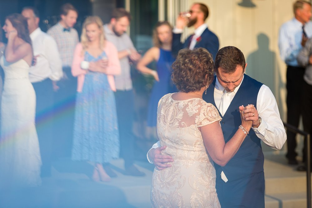 Brandon_Shafer_Photography_Ryan_Lila_Holland_Wedding_0071.jpg