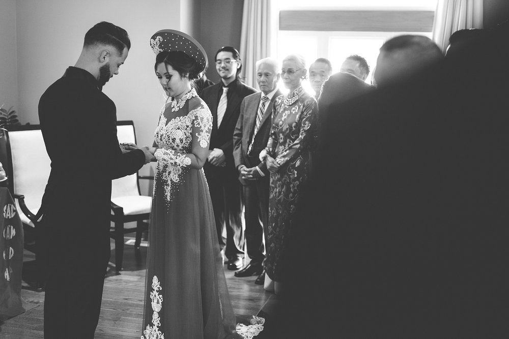 Brandon_Shafer_Photography_tommy_Darline_GrandRapids_Wedding_0020.jpg