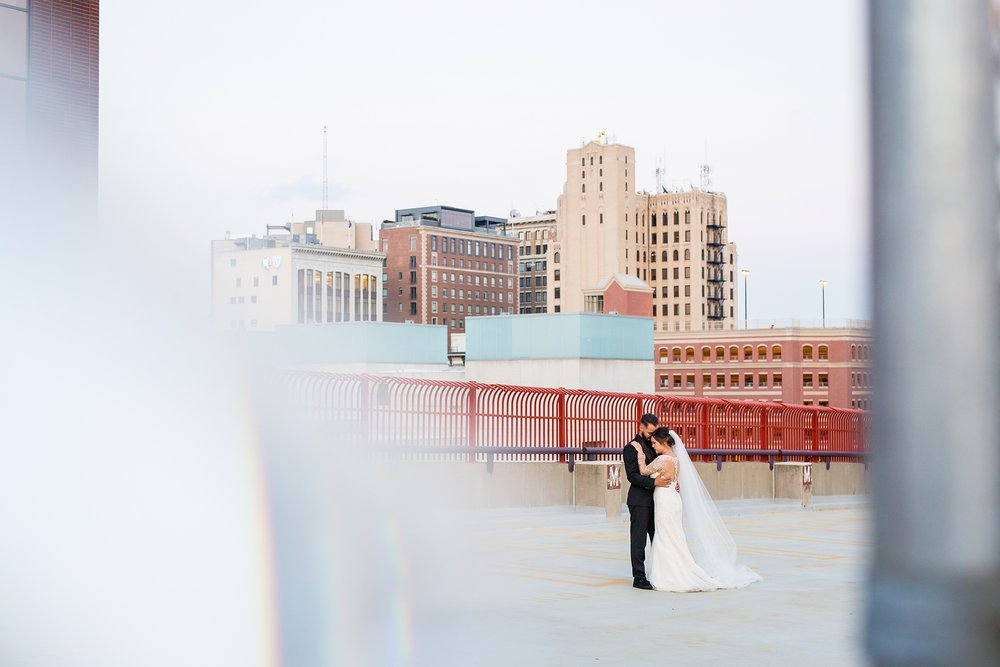 Brandon_Shafer_Photography_tommy_Darline_GrandRapids_Wedding_0094.jpg