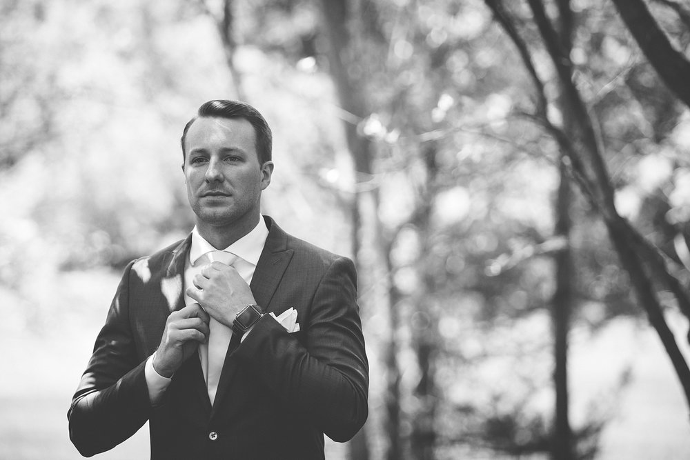 Brandon_Shafer_Photography_Kara_Doug_12_corners_Wedding_Benton_Harbor_0009.jpg