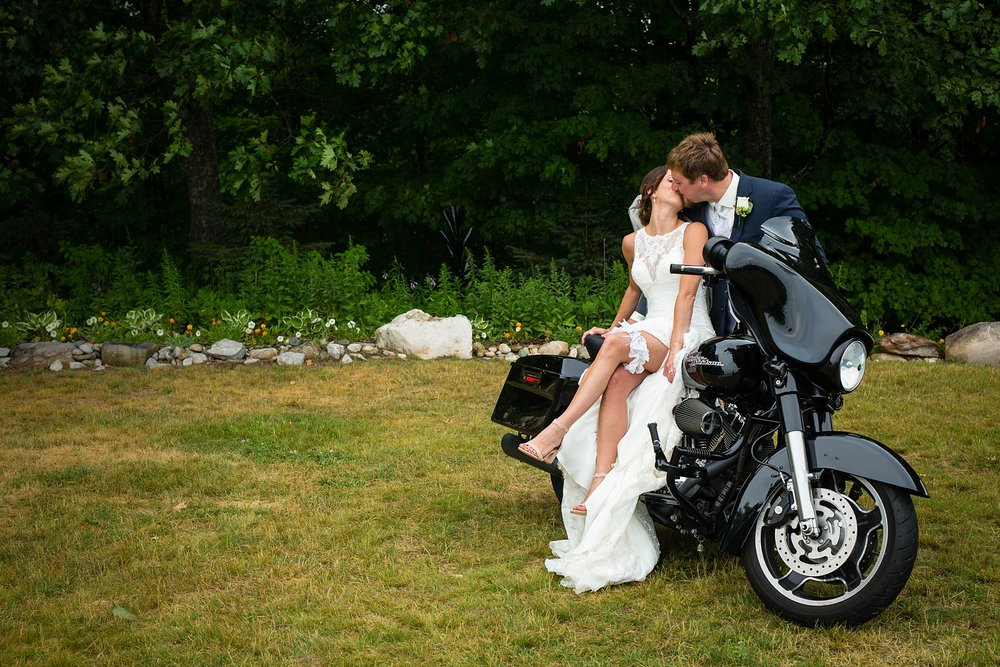 Brandon_Shafer_Photography_Elizabeth_Scott_Traverse_City_Wedding_0039.jpg