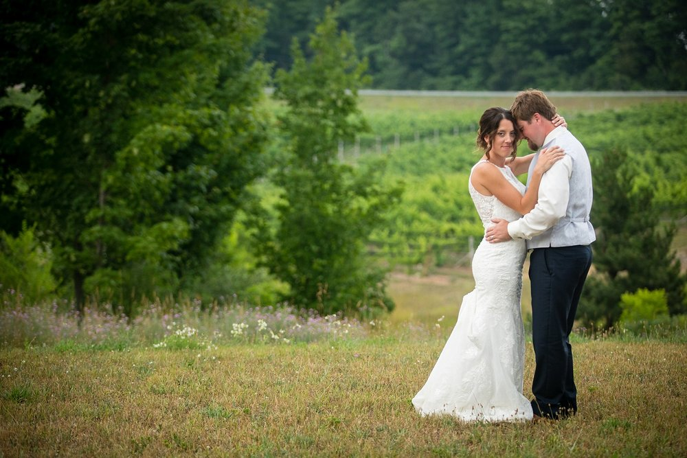 Brandon_Shafer_Photography_Elizabeth_Scott_Traverse_City_Wedding_0053.jpg