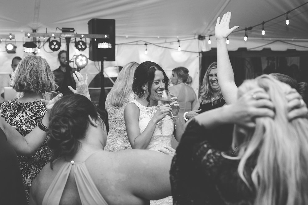 Brandon_Shafer_Photography_Elizabeth_Scott_Traverse_City_Wedding_0060.jpg